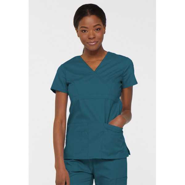"""Blouse médicale Cache Coeur Femme, Dickies, collection """"EDS signature"""" (85820), couleur vert caraïbe vue face"""
