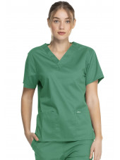 "Blouse médicale 2 poches Femme, Dickies, Collection ""Genuine"" (GD640), couleur vert vue face"