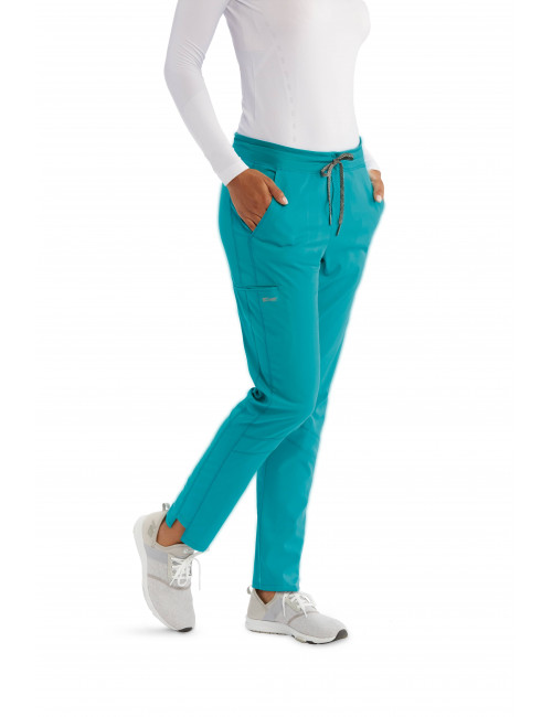 "Pantalon médical femme, collection ""Grey's Anatomy Stretch"", couleur teal blue, vue de face (GVSP509-)"