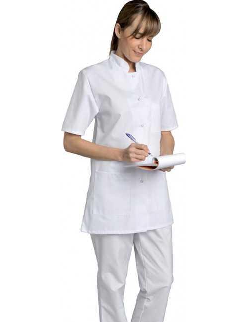 Blouse médicale Femme blanche manches courtes Poly/Coton Denise, SNV (DENCP02000) vue modèle