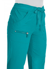 "Pantalon médical Femme Koi ""Peace"", collection ""Koi Lite"" (721-) teal détail"