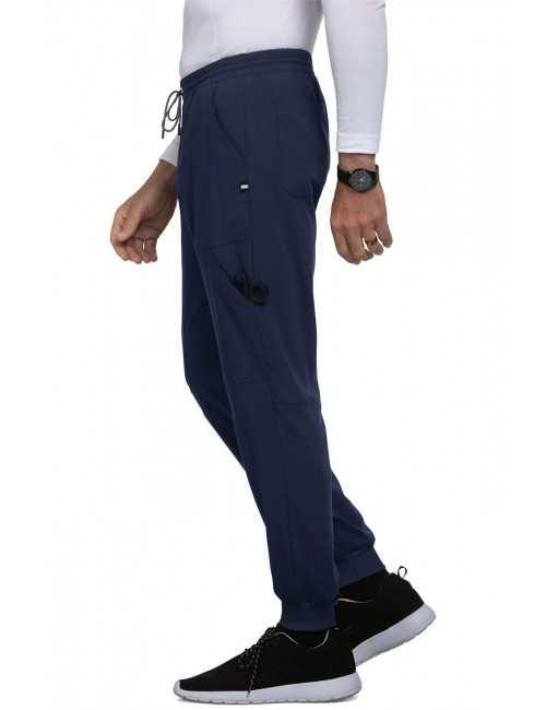 """Pantalon médical Homme Koi """"Day to Night"""", collection Koi Next Gen (608-) bleu marine gauche"""