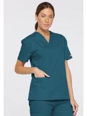 """Blouse médicale Col V Femme, Dickies, 2 poches, Collection """"EDS signature"""" (86706), couleur vert caraïbe, vue modèle coté gauche"""